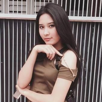 Stefhanie Chandra